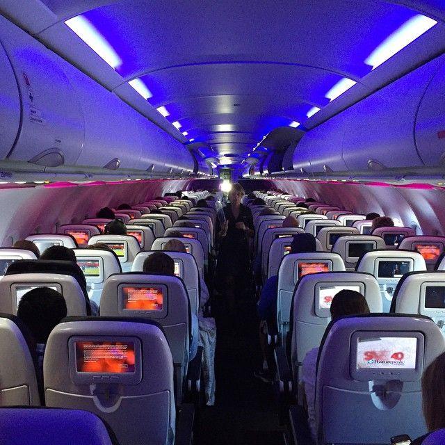 ¿Por Qué Se Apagan Las Luces Antes De Aterrizar?
